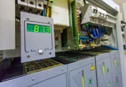 DC Electrical Measurement In An Industrial Environment.