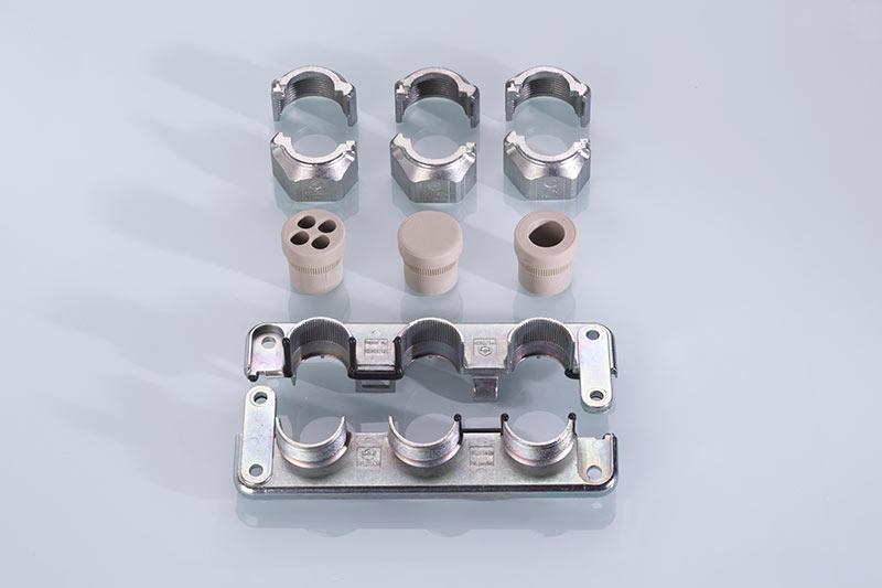 Uni-Flange Metal